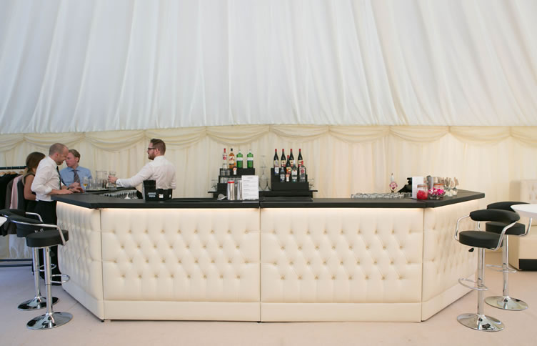 horseshoe-luxury-bar-unit3